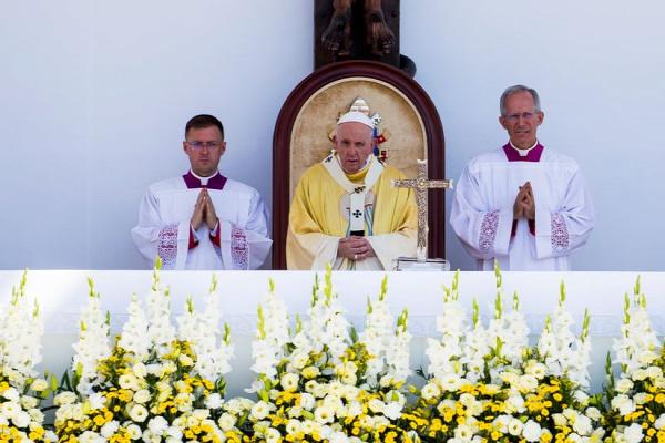 Ferenc pápa ünnepi szentmiséje zárja az eucharisztikus kongresszust